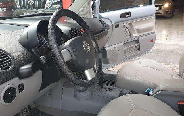 Cần bán gấp Volkswagen New Beetle năm sản xuất 2010, xe nhập, giá tốt4
