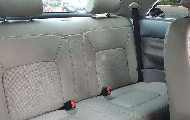 Cần bán gấp Volkswagen New Beetle năm sản xuất 2010, xe nhập, giá tốt11