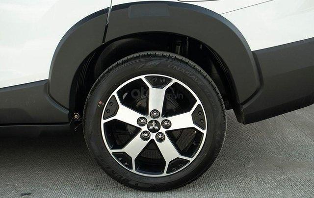Mitsubishi Xpander Cross 2020 - MPV lai SUV sắp cập bến thị trường Việt?5
