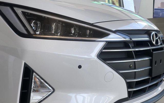 Giá xe Hyundai Elantra số sàn 2020 giá tốt nhất, LH ngay để nhận ưu đãi khủng2