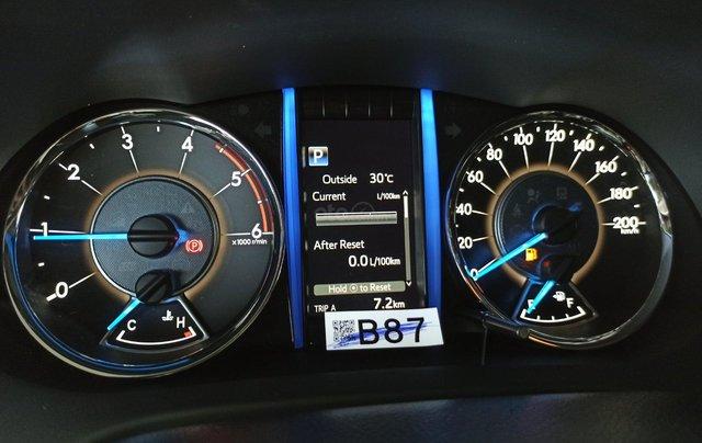 Bán Toyota Fortuner 2020 - máy dầu - số tự động, cam kết giá tốt - khuyến mãi lớn, trả trước 250 triệu - lãi suất thấp11