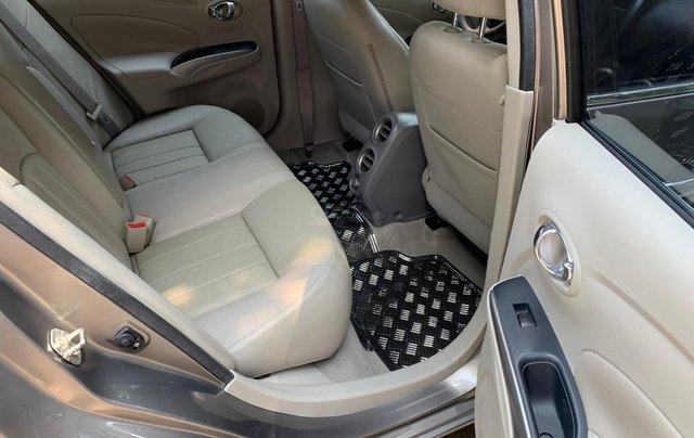 Cần bán Nissan Sunny model 2014, số tự động, bản full5
