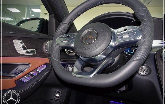 Cơ hội để sỡ hữu xe Mercedes-Benz C300 AMG 2020 với giá bán tốt nhất ngay thời điểm này11
