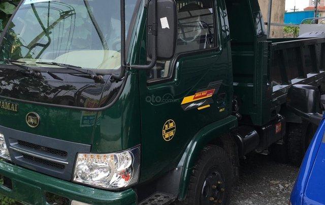 Nhà có xe tải Ben Hoa Mai 3 tấn 7