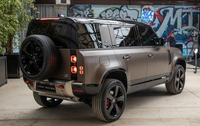 Bán xe Land Rover New Defender 2020 mới, nhập khẩu chính hãng từ Anh giá tốt nhất3
