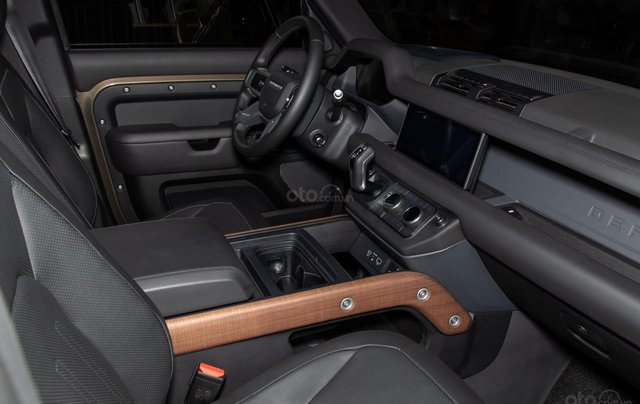 Bán xe Land Rover New Defender 2020 mới, nhập khẩu chính hãng từ Anh giá tốt nhất7