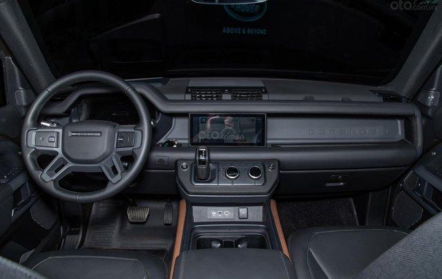 Bán xe Land Rover New Defender 2020 mới, nhập khẩu chính hãng từ Anh giá tốt nhất5