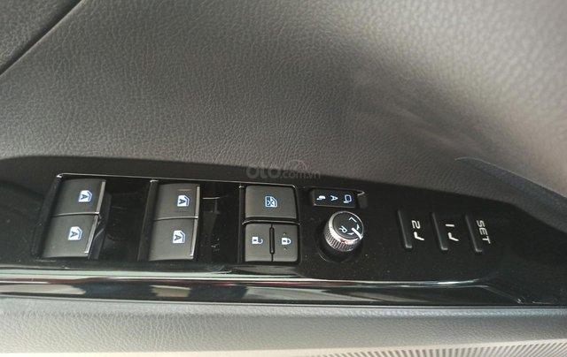 Bán Toyota Camry 2021, ưu đãi lên đến 25 triệu, hỗ trợ nhanh chóng nhiệt tình nhất12