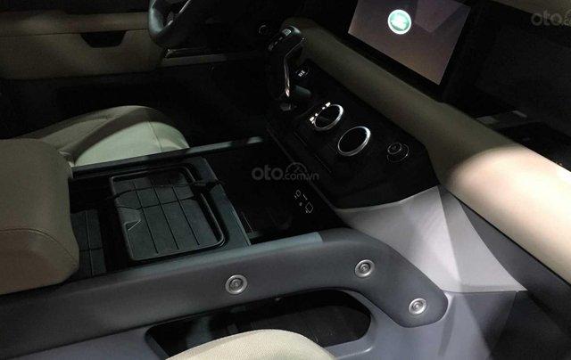 Bán xe Land Rover new Defender 2020 7 chỗ nhập khẩu chính hãng hoàn toàn mới đã về Việt Nam, giá tốt nhất, xe giao ngay10
