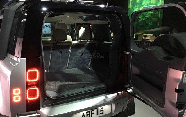 Bán xe Land Rover new Defender 2020 7 chỗ nhập khẩu chính hãng hoàn toàn mới đã về Việt Nam, giá tốt nhất, xe giao ngay13