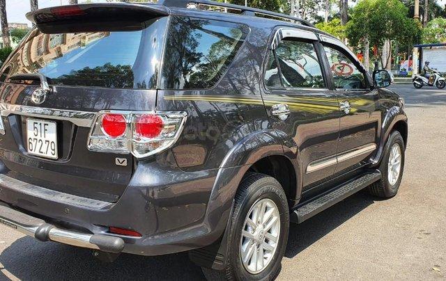 Cần bán xe Toyota Fortuner 2013 máy xăng, xe mới 90%5