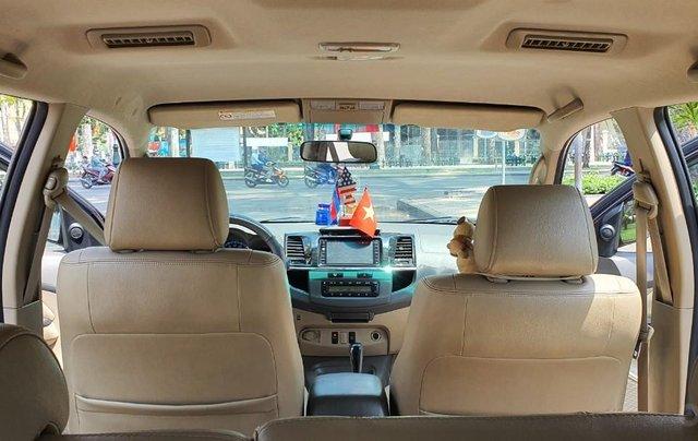 Cần bán xe Toyota Fortuner 2013 máy xăng, xe mới 90%11