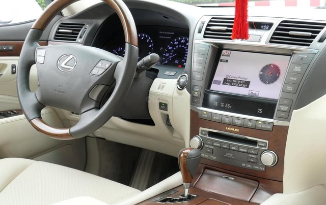 Đức Trí Auto - bán Lexus LS460L trắng kem đẳng cấp siêu mới chất nuột nà6