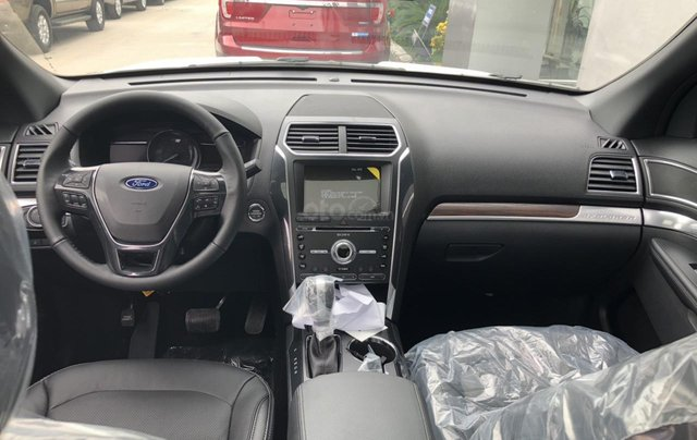 Ford Explorer Limited 2.3L 2020 ưu đãi ngập tràn4