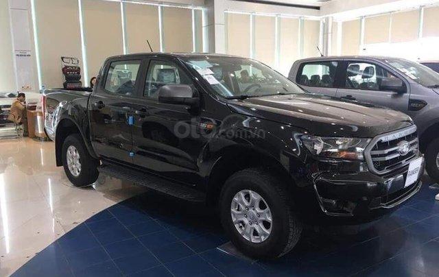 Ford Bắc Kạn báo giá phiên bản Ranger XLS 1 cầu số sàn và số tự động kèm khuyến mãi lớn0
