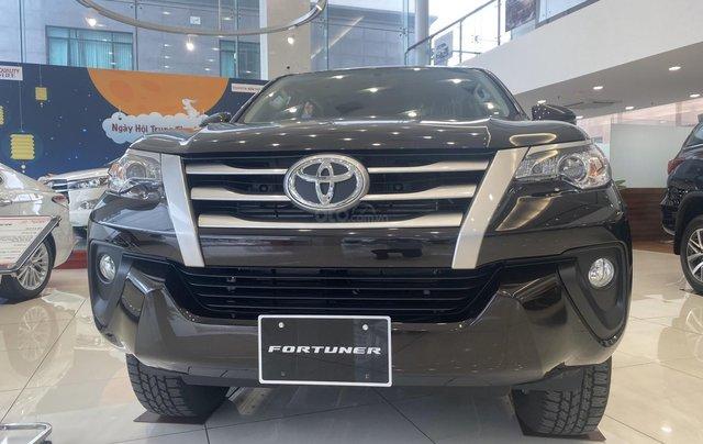 Bán ô tô Toyota Fortuner lăn bánh giá tốt, siêu ưu đãi _ giao ngay, hỗ trợ giao xe, đăng kí Grab1