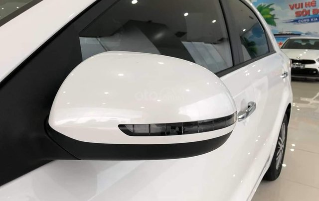 [Kia Bình Tân] Kia Soluto AT Deluxe - Ưu đãi lên đến 25tr, giảm 50% phí trước bạ, tặng phụ kiện hot, hỗ trợ đăng ký Grab4