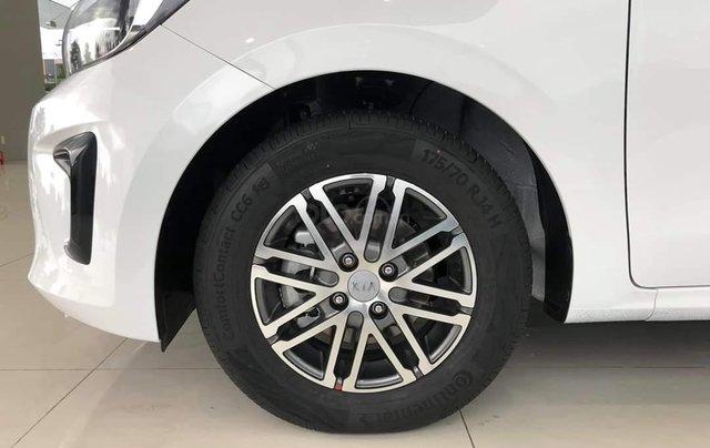 [Kia Bình Tân] Kia Soluto AT Deluxe - Ưu đãi lên đến 25tr, giảm 50% phí trước bạ, tặng phụ kiện hot, hỗ trợ đăng ký Grab5