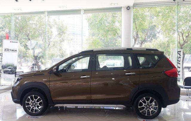 Suzuki XL7 2020 đủ màu giao xe tháng 05/2020 - showroom chính hãng1