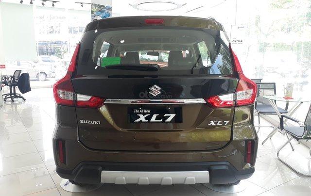 Suzuki XL7 2020 đủ màu giao xe tháng 05/2020 - showroom chính hãng2