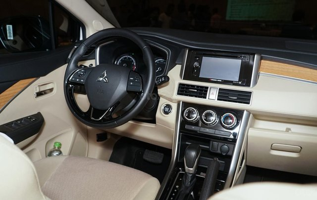 Bán Mitsubishi Xpander nhập khẩu, giá tốt, ưu đãi khủng5