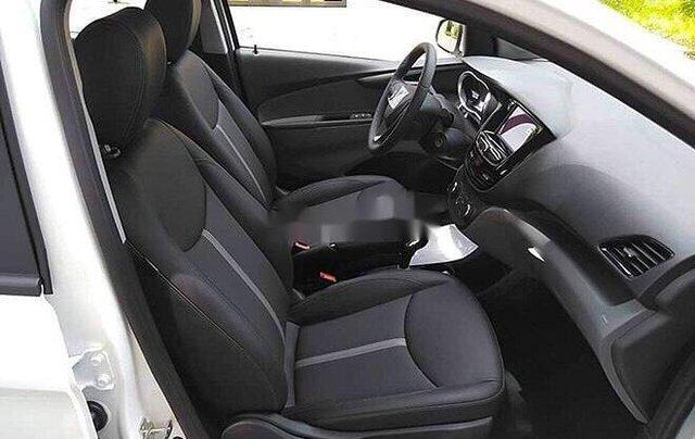 Bán xe VinFast Fadil sản xuất 2020, màu trắng1