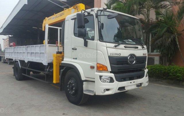 Xe tải gắn cẩu 5 tấn Hino0