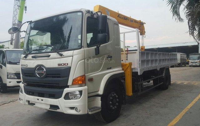 Xe tải gắn cẩu 5 tấn Hino2