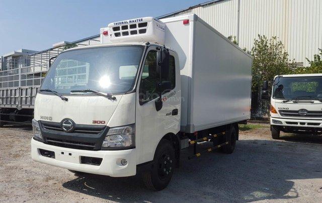 Xe tải Hino 5 tấn thùng đông lạnh0
