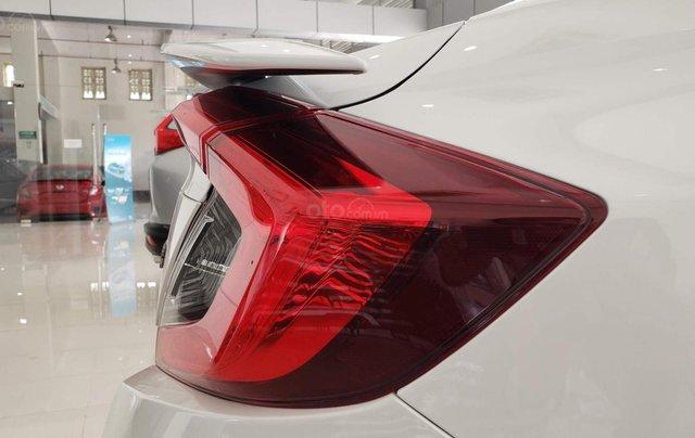Honda Civic 2020 giảm giá mạnh, tặng 100% BHVC + phim cách nhiệt + combo phụ kiện, trả góp từ 250tr tháng góp 6,9tr3