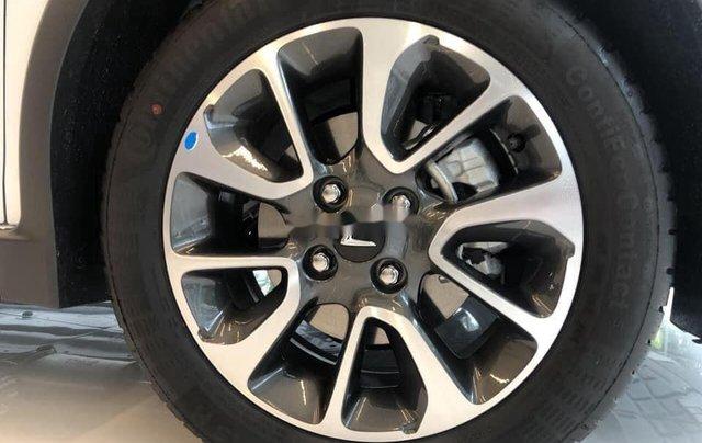 Cần bán xe VinFast Fadil sản xuất 2020, màu xanh3