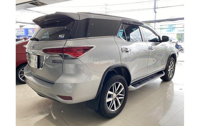 Bán xe Toyota Fortuner 2.7 V 4x4 2017, trả trước chỉ 311 triệu4