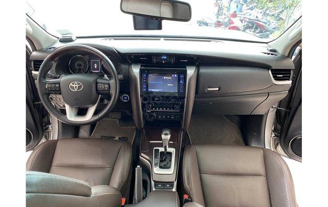 Bán xe Toyota Fortuner 2.7 V 4x4 2017, trả trước chỉ 311 triệu7