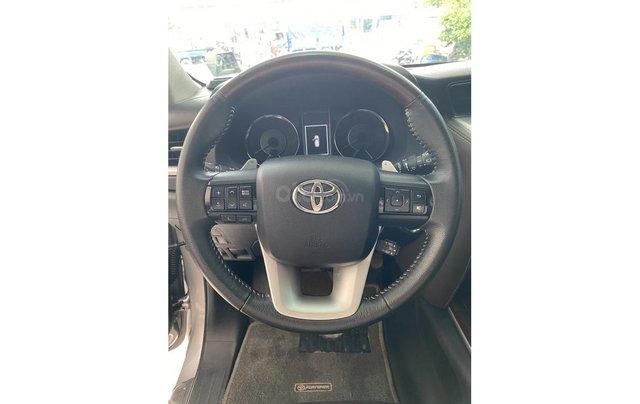 Bán xe Toyota Fortuner 2.7 V 4x4 2017, trả trước chỉ 311 triệu9