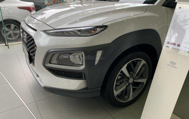 Cần bán xe Hyundai Kona 2020 với nhiều ưu đãi khủng thời nắng nóng 4