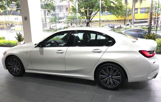 Bán BMW 3 Series 330i M Sport năm 2020, màu trắng, nhập khẩu3