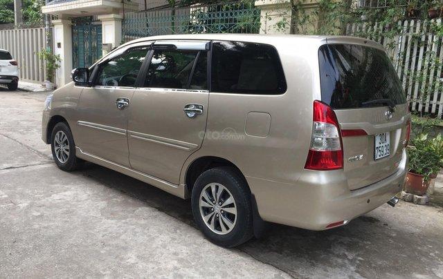 Chính chủ tôi cần bán chiếc Toyota Innova 2.0E xịn bản đủ, sản xuất 20153