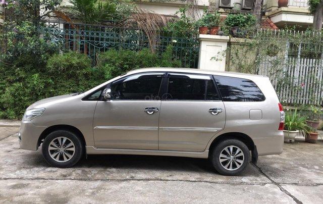 Chính chủ tôi cần bán chiếc Toyota Innova 2.0E xịn bản đủ, sản xuất 20154