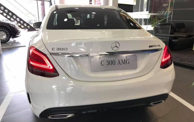 Mercedes C300 AMG 2020 đủ màu giao ngay giảm giá sốc khuyến mại bảo hiểm 2 chiều1
