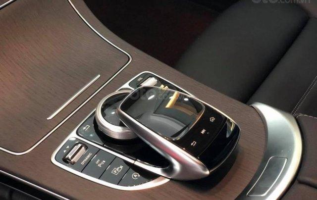Mercedes C300 AMG 2020 đủ màu giao ngay giảm giá sốc khuyến mại bảo hiểm 2 chiều8