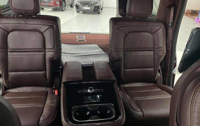 Bán xe Lincoln Navigator L Black Label, màu cherry, sản xuất 2020, nhập nguyên chiếc từ Mỹ, xe giao ngay, giá tốt9
