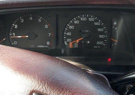 Cần bán xe Toyota Cressida sản xuất năm 1993, màu trắng5