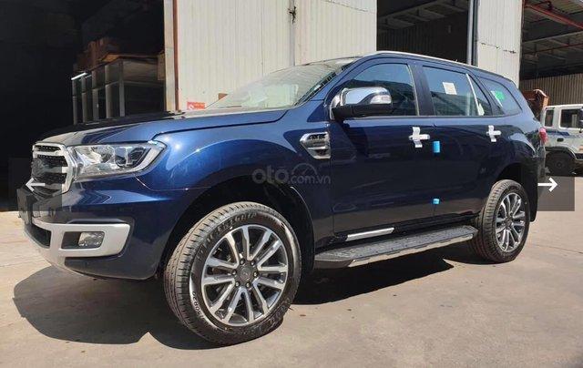 Ford Everest Titanium 2020 giảm tiền mặt, tặng phụ kiện, xe có giao ngay, hỗ trợ trả góp toàn quốc, chỉ còn 2 xe giá tốt0