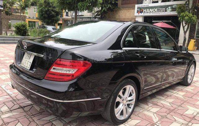 Bán Mercedes C200 đời 2011, màu đen9