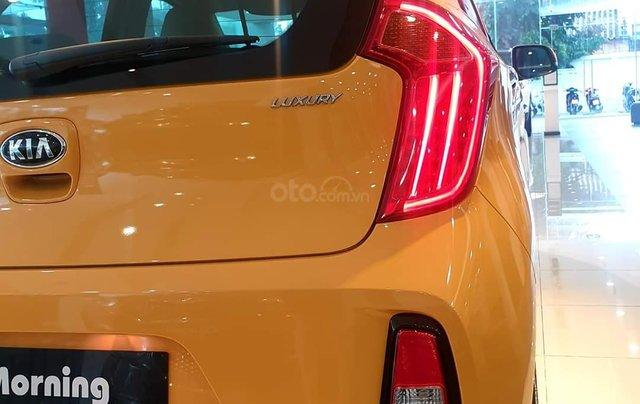 Kia Morning Luxury 2020 màu mới vàng Honey Bee cực hot - giá cực tốt3