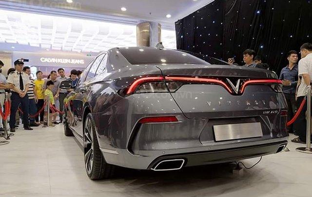 Bán ô tô VinFast Lux A2.0 sản xuất năm 2020, màu xám, sẵn xe, giao nhanh toàn quốc2
