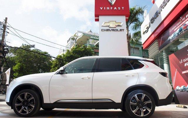 VinFast Biên Hòa cần bán xe VinFast LUX SA2.0 sản xuất năm 2020, màu trắng 10