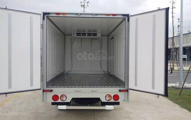 Xe tải đông lạnh Kia K200 tải trọng 0.99 / 1.5 tấn Trường Hải tại Hà Nội3