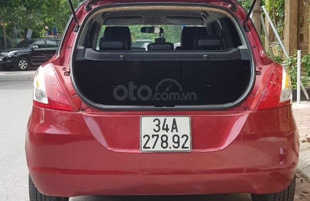 Cần bán Suzuki Swift 2013 nhập khẩu nguyên chiếc3