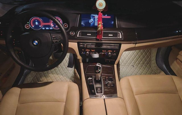 Cần bán BMW 7 Series đời 2014, nhập khẩu nguyên chiếc còn mới3